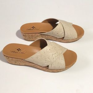 Patricia Nash Luca Leather Wedge Slides